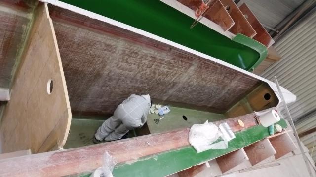 Laminating the bulkheads